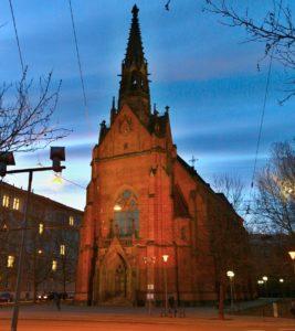 kostel cerveny